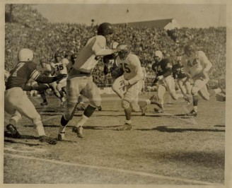1950 Johnny Champion On The Run Against Aggies With Kyle Coming Up Fast