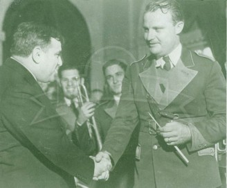 1934 NYC Mayor Laguardia Greets SMU Band Diretor Robert Goodrich